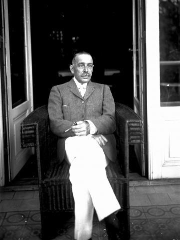 Rytier Gustáv Schoeller počas pobytu v kaštieli